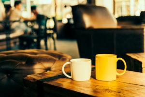 Café : boisson chaude et lieu d'échanges