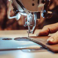 La couture du cuir grâce à la machine à coudre industrielle