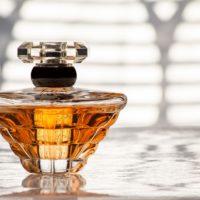 Eau de toilette, eau de parfum, parfum : comment choisir ?