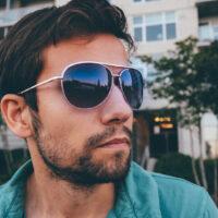 La chemise manche courte homme : le best-seller de l'été