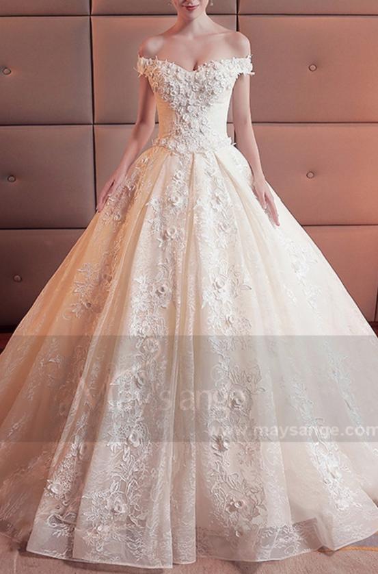 robe-couleur-ivoire