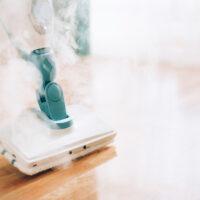 Avantages et inconvénients du nettoyage à la vapeur à la maison