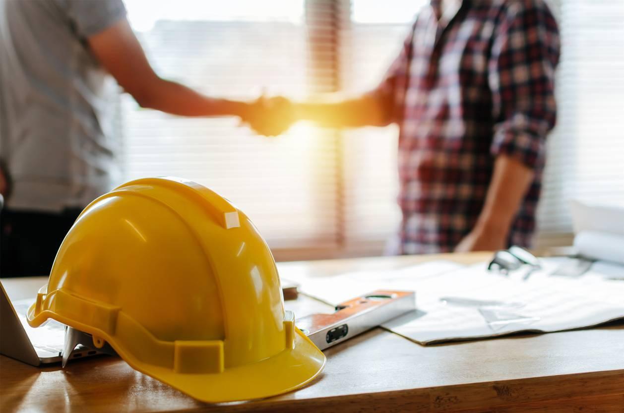 professionnels en bâtiment